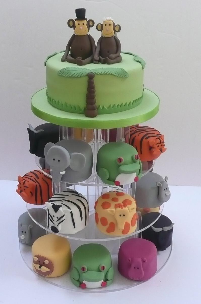 Animals wedding cake